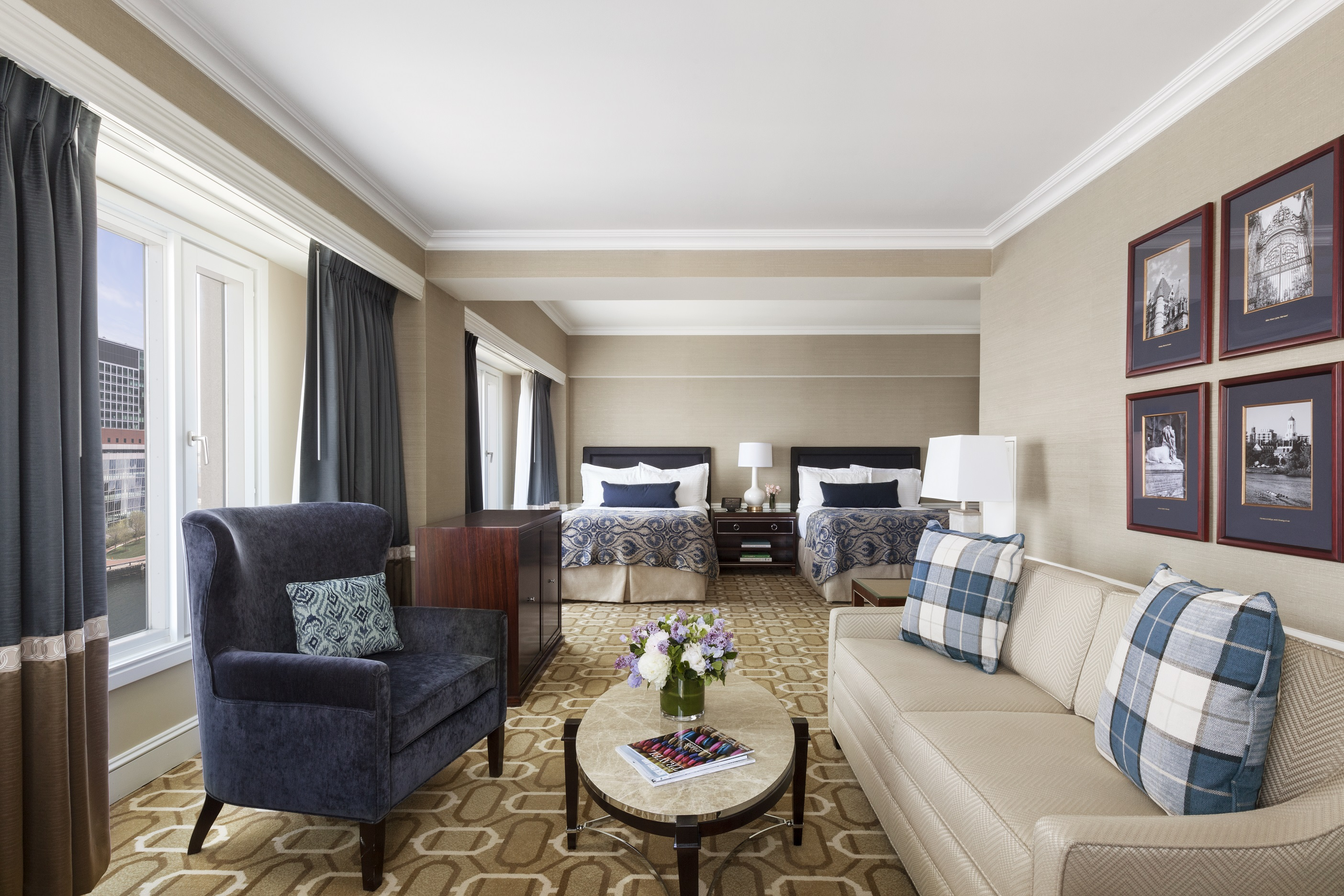 Living Room Bar Boston The Boston Harbor Hotel Unveils Newly Renovated Guest Rooms And